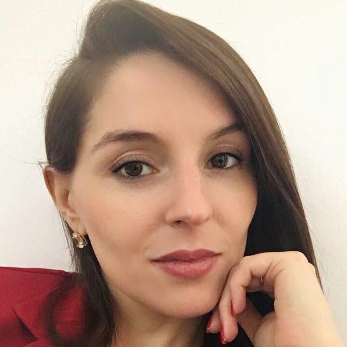Aline Renata Araujo Massimetti Ricupero