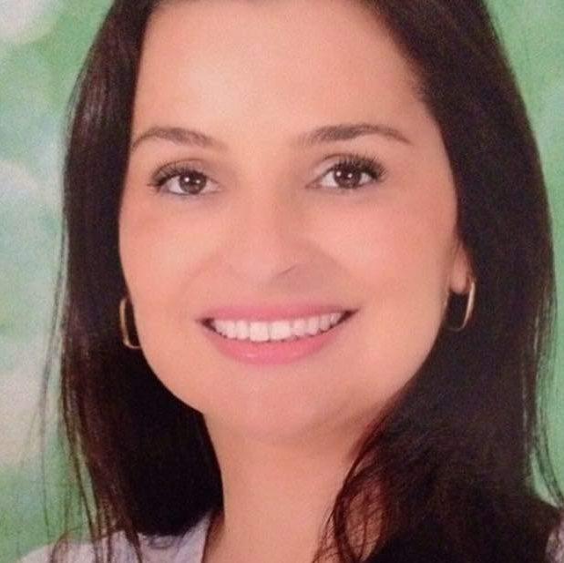 Juliana Machado de Mello Caiado de Castro